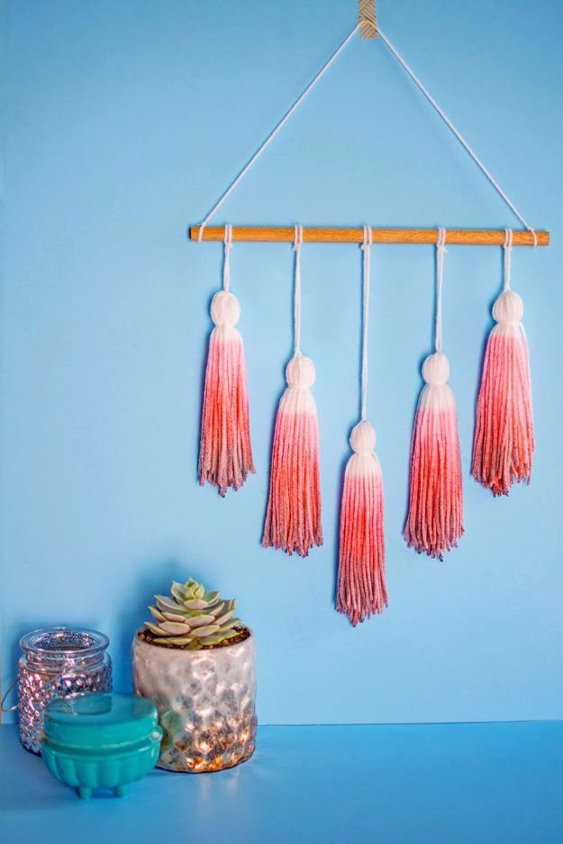 DIY Ideas With Yarn and Best Yarn Crafts - Dip Dye Yarn Tassel Wall Hanging - Wall Hangings, Easy Dream Catchers, Crochet Ideas for Teens, Adults and Kids - Knitting , No Sew and Weaving Projects Make Awesome Wall Art and Home Decor on A Budget