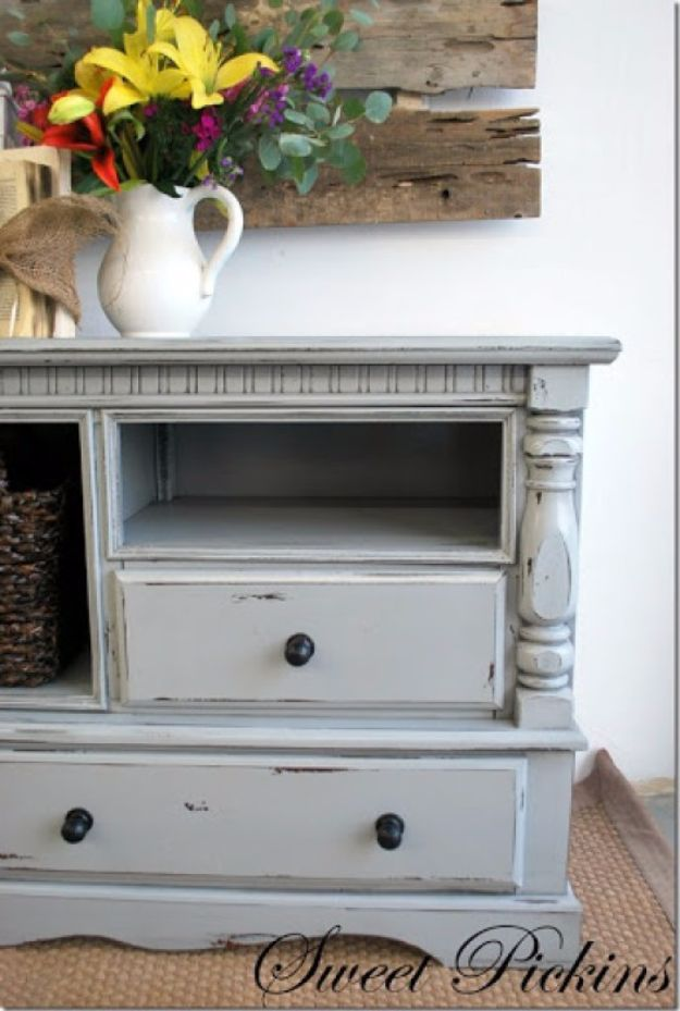 DIY Media Consoles and TV Stands - Dresser Turned TV Console - Make a Do It Yourself Entertainment Center With These Easy Step By Step Tutorials - Easy Farmhouse Decor Media Stand for Television - Free Plans and Instructions for Building and Painting Your Own DIY Furniture - IKEA Hacks for TV Stand Idea - Quick and Easy Ways to Decorate Your Home On A Budget http://diyjoy.com/diy-tv-media-consoles