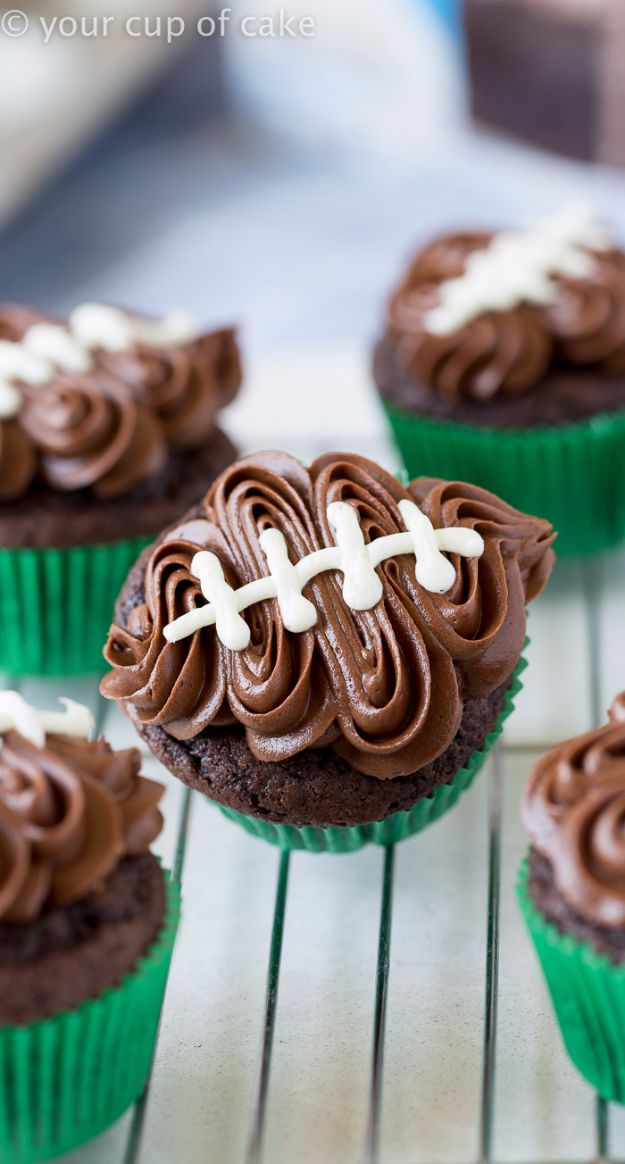 Cool Cupcake Decorating Ideas - Easy Football Cupcakes - Easy Ways To Decorate Cute, Adorable Cupcakes - Quick Recipes and Simple Decorating Tips With Icing, Candy, Chocolate, Buttercream Frosting and Fruit - Best Party and Birthday Party Ideas for Kids and Adults http://diyjoy.com/cupcake-decorating-ideas