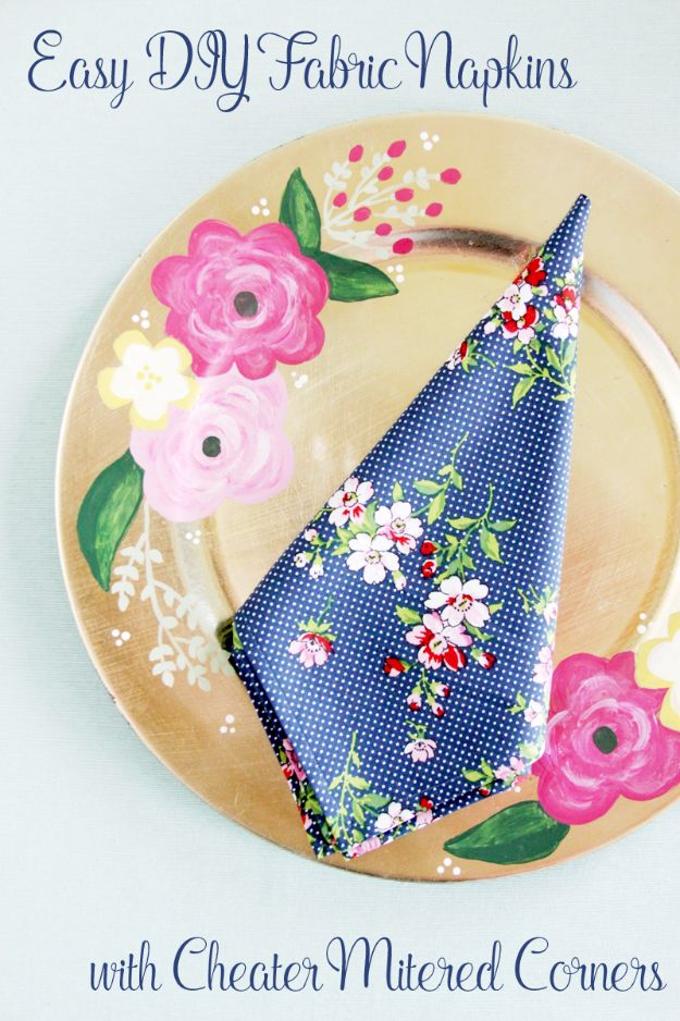 DIY Napkins and Placemats - Fast And Easy Fabric Napkins - Easy Sewing Projects, Cute No Sew Ideas and Creative Ways To Make a Napkin or Placemat - Quick DIY Gift Ideas for Friends, Family and Awesome Home Decor - Cheap Do It Yourself Kitchen Decor - Simple Wedding Gifts You Can Make On A Budget