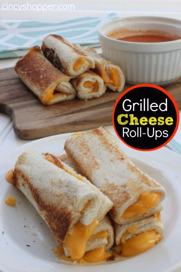 Back to School Lunch Ideas - Grilled Cheese Roll-Ups - Quick Snacks, Lunches and Homemade Lunchables - Bento Box Style Lunch for People in A Hurry - Fast Lunch Recipes to Pack Ahead - Healthy Ideas for Kids, Teens and Adults http://diyjoy.com/back-to-school-lunches