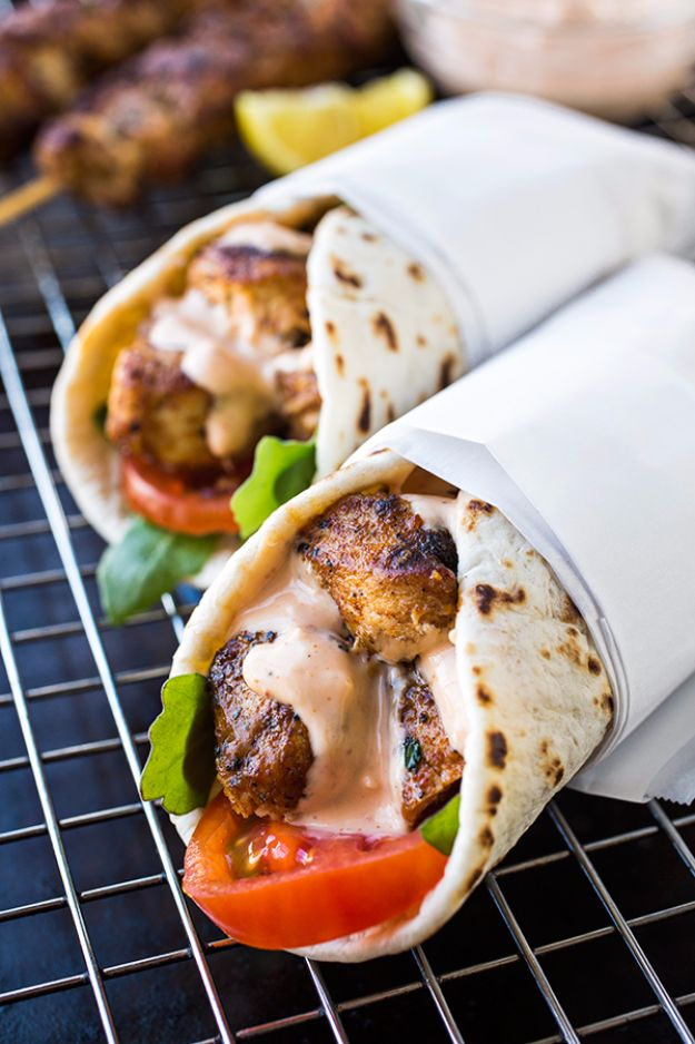 Back to School Lunch Ideas - Grilled Lemon Chicken Flatbread Wraps - Quick Snacks, Lunches and Homemade Lunchables - Bento Box Style Lunch for People in A Hurry - Fast Lunch Recipes to Pack Ahead - Healthy Ideas for Kids, Teens and Adults
