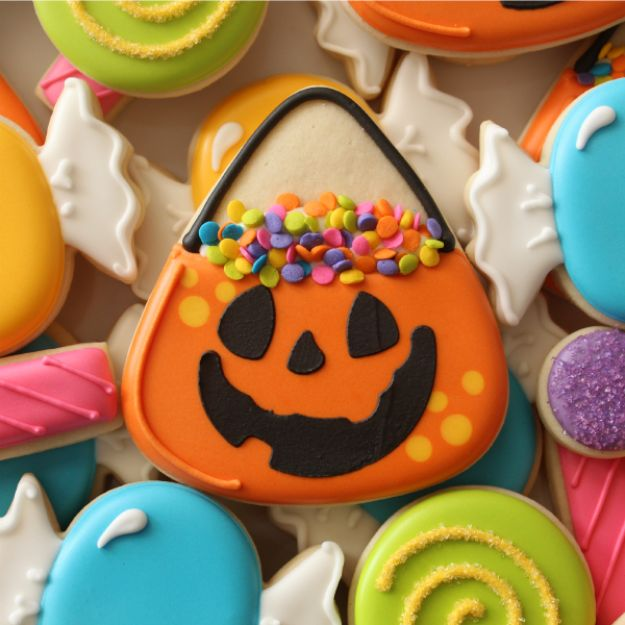 Cute Halloween Cookies - Halloween Candy Bucket Cookies - Easy Recipes and Cookie Tutorials for Making Quick Halloween Treats - Spooky DIY Decorated Ghosts, Pumpkins, Bats, No Bake, Spiders and Spiderwebs, Tombstones and Healthy Options, Kids and Teens Cookies for School #halloween #halloweencookies