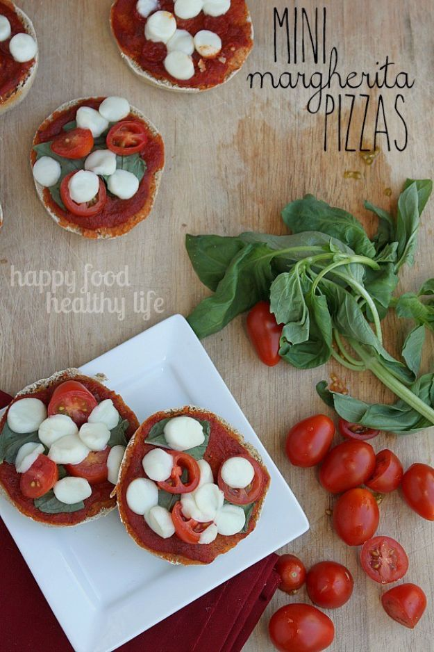 Back to School Lunch Ideas - Healthy Mini Margherita Pizzas - Quick Snacks, Lunches and Homemade Lunchables - Bento Box Style Lunch for People in A Hurry - Fast Lunch Recipes to Pack Ahead - Healthy Ideas for Kids, Teens and Adults http://diyjoy.com/back-to-school-lunches