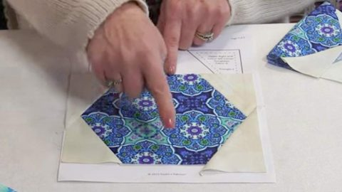 Cut Hexagon Shapes And Sew Them Together To Make A Quilt I Just Love | DIY Joy Projects and Crafts Ideas