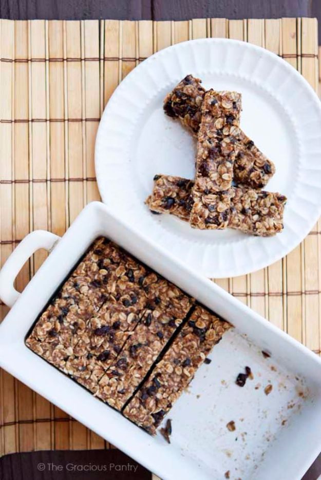 Back to School Lunch Ideas - No Bake Oatmeal Granola Bars - Quick Snacks, Lunches and Homemade Lunchables - Bento Box Style Lunch for People in A Hurry - Fast Lunch Recipes to Pack Ahead - Healthy Ideas for Kids, Teens and Adults