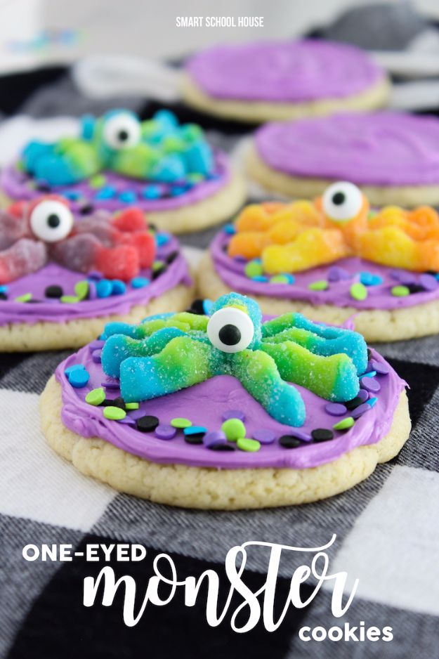 Cute Halloween Cookies - One Eyed Monster Cookies - Easy Recipes and Cookie Tutorials for Making Quick Halloween Treats - Spooky DIY Decorated Ghosts, Pumpkins, Bats, No Bake, Spiders and Spiderwebs, Tombstones and Healthy Options, Kids and Teens Cookies for School #halloween #halloweencookies