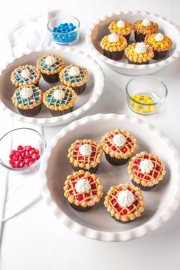 Cool Cupcake Decorating Ideas - Pie Cupcakes That Look Real - Easy Ways To Decorate Cute, Adorable Cupcakes - Quick Recipes and Simple Decorating Tips With Icing, Candy, Chocolate, Buttercream Frosting and Fruit - Best Party and Birthday Party Ideas for Kids and Adults http://diyjoy.com/cupcake-decorating-ideas