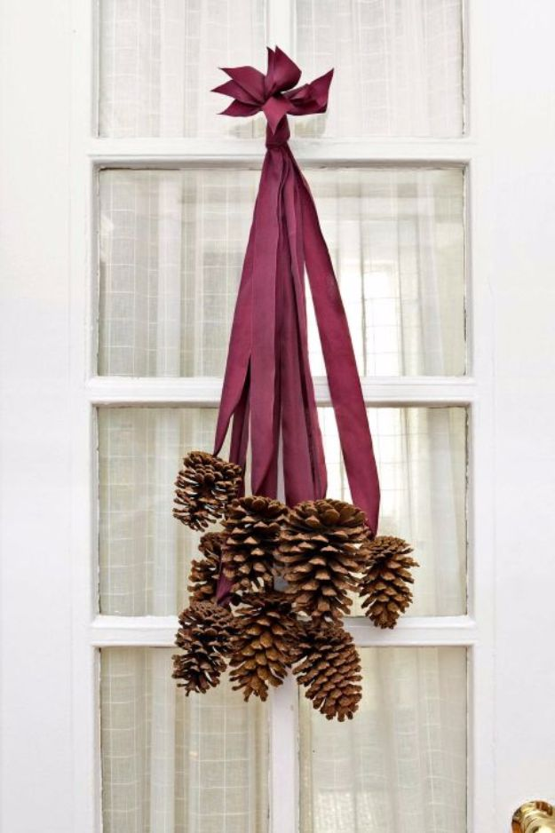 Best Crafts for Fall Decorating - Pinecone Decor - DIY Home Decor, Mason Jar Ideas, Dollar Store Crafts, Rustic Pumpkin Ideas, Wreaths, Candles and Wall Art, Centerpieces, Wedding Decorations, Homemade Gifts, Craft Projects with Leaves, Flowers and Burlap, Painted Art, Candles and Luminaries for Cool Home Decor - Quick and Easy Projects With Step by Step Tutorials and Instructions http://diyjoy.com/best-fall-decorating-ideas