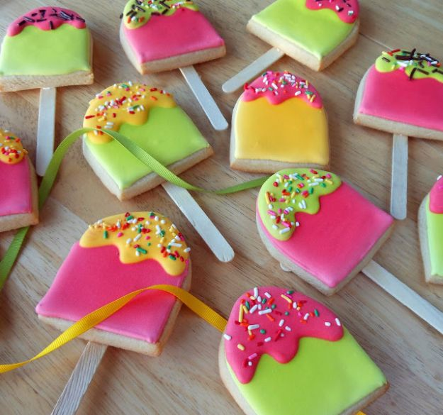 Cool Cookie Decorating Ideas - Popsicle Cookies - Easy Ways To Decorate Cute, Adorable Cookies - Quick Recipes and Simple Decorating Tips With Icing, Candy, Chocolate, Buttercream Frosting and Fruit - Best Party Trays and Cookie Arrangements http://diyjoy.com/cookie-decorating-ideas