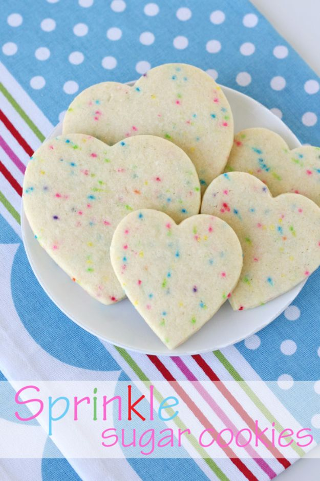 Cool Cookie Decorating Ideas - Sprinkle Sugar Cookies - Easy Ways To Decorate Cute, Adorable Cookies - Quick Recipes and Simple Decorating Tips With Icing, Candy, Chocolate, Buttercream Frosting and Fruit - Best Party Trays and Cookie Arrangements http://diyjoy.com/cookie-decorating-ideas