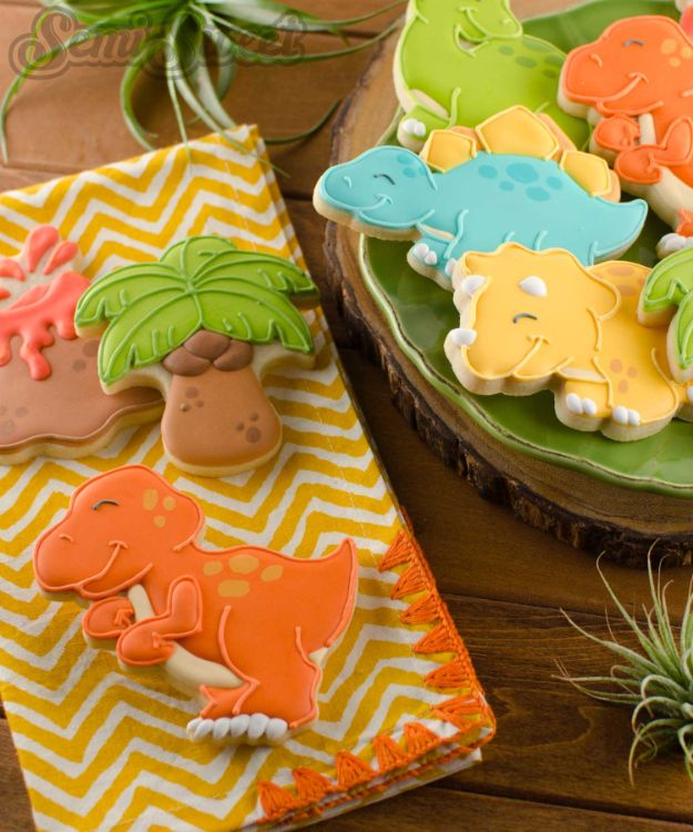 Cool Cookie Decorating Ideas - T-Rex Dinosaur Cookies - Easy Ways To Decorate Cute, Adorable Cookies - Quick Recipes and Simple Decorating Tips With Icing, Candy, Chocolate, Buttercream Frosting and Fruit - Best Party Trays and Cookie Arrangements http://diyjoy.com/cookie-decorating-ideas