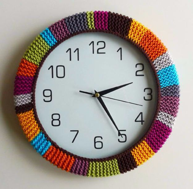 DIY Ideas With Yarn and Best Yarn Crafts - Update Your Clock With Yarn - Wall Hangings, Easy Dream Catchers, Crochet Ideas for Teens, Adults and Kids - Knitting , No Sew and Weaving Projects Make Awesome Wall Art and Home Decor on A Budget