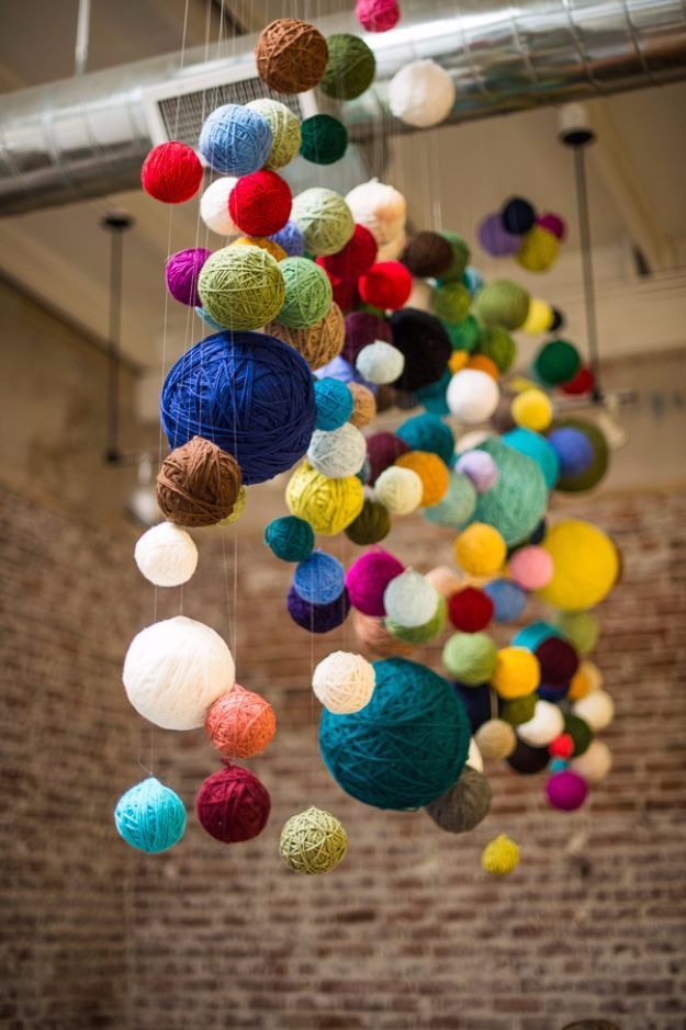 DIY Ideas With Yarn and Best Yarn Crafts - Yarn Ball Chandelier - Wall Hangings, Easy Dream Catchers, Crochet Ideas for Teens, Adults and Kids - Knitting , No Sew and Weaving Projects Make Awesome Wall Art and Home Decor on A Budget