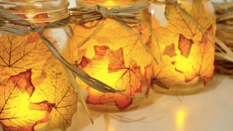 She Puts Leaves On Mason Jars And Makes For Amazing Fall Decor. Watch! | DIY Joy Projects and Crafts Ideas