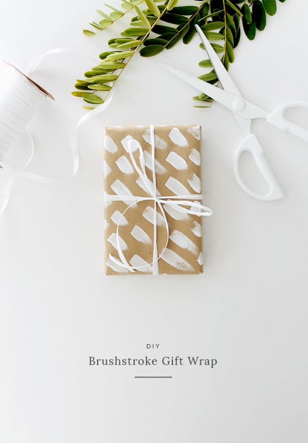 Cool Gift Wrapping Ideas - Brushstroke Gift Wrap - Creative Ways To Wrap Presents on A Budget - Best Christmas Gift Wrap Ideas - How To Make Gift Bags, Reuse Wrapping Paper, Make Bows and Tags - Cute and Easy Ideas for Wrapping Gifts for the Holidays - Step by Step Instructions and Photo Tutorials