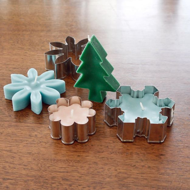 Cheap DIY Gifts and Inexpensive Homemade Christmas Gift Ideas for People on A Budget - Charming Cookie-Cutter Candles - To Make These Cool Presents Instead of Buying for the Holidays - Easy and Low Cost Gifts for Mom, Dad, Friends and Family - Quick Dollar Store Crafts and Projects for Xmas Gift Giving #gifts #diy