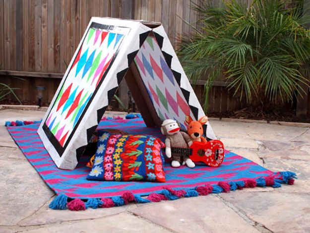 DIY Ideas With Cardboard - Collapsible Cardboard Tent - How To Make Room Decor Crafts for Kids - Easy and Crafty Storage Ideas For Room - Toilet Paper Roll Projects Tutorials - Fun Furniture Ideas with Cardboard - Cheap, Quick and Easy Wall Decorations http://diyjoy.com/diy-ideas-cardboard