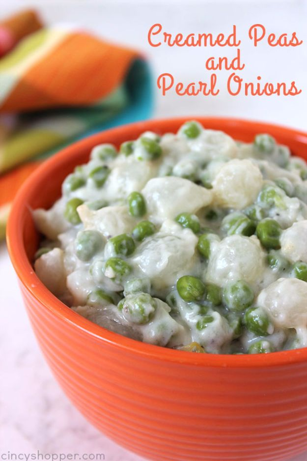 Best Thanksgiving Side Dishes - Creamed Peas And Pearl Onions - Easy Make Ahead and Crockpot Versions of the Best Thanksgiving Recipes #thanksgiving #recipes