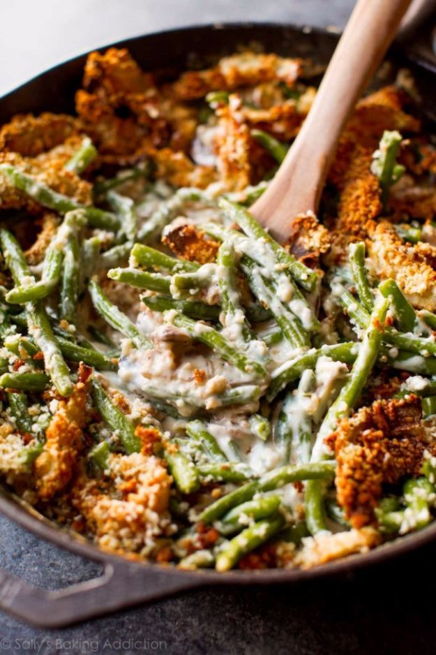 Best Thanksgiving Side Dishes - Creamy Green Bean Casserole from Scratch - Easy Make Ahead and Crockpot Versions of the Best Thanksgiving Recipes #thanksgiving #recipes
