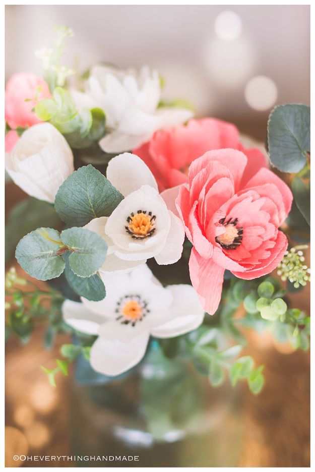 DIY Paper Flowers - Crepe Paper Wildflower - How To Make A Paper Flower - Large Wedding Backdrop for Wall Decor - Easy Tissue Paper Flower Tutorial for Kids - Giant Projects for Photo Backdrops - Daisy, Roses, Bouquets, Centerpieces - Cricut Template and Step by Step Tutorial