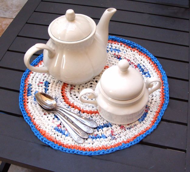 DIY Ideas With Plastic Bags - Crochet Fun Placemats - How To Make Fun Upcycling Ideas and Crafts - Awesome Storage Projects Using Recycling - Coolest Craft Projects, Life Hacks and Ways To Upcycle a Plastic Bag #recycling #upcycling #crafts #diyideas