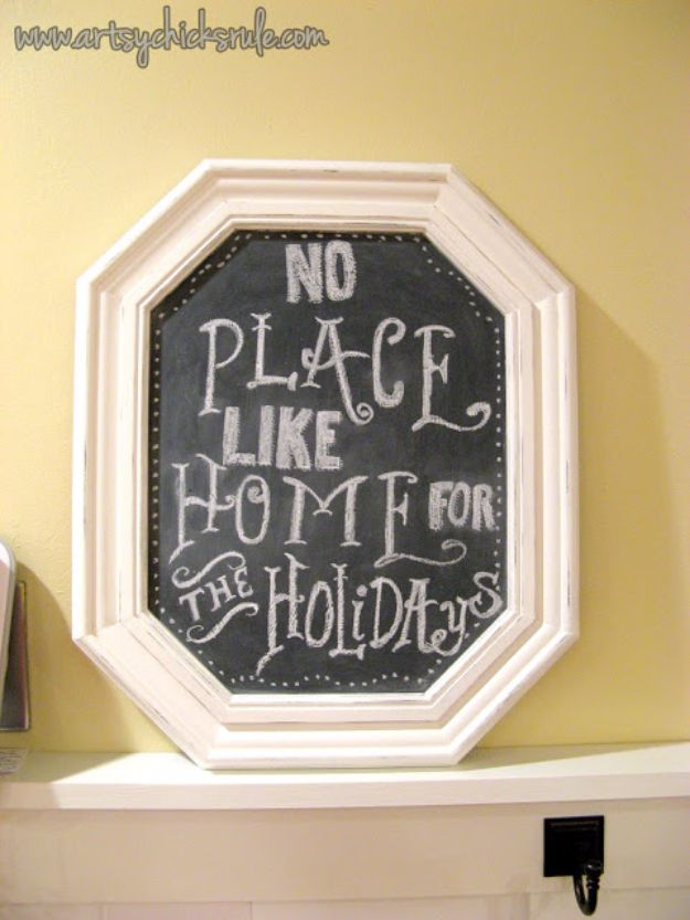 DIY Ideas With Old Picture Frames - DIY Chalkboards From Old Picture Frame - Cool Crafts To Make With A Repurposed Picture Frame - Cheap Do It Yourself Gifts and Home Decor on A Budget - Fun Ideas for Decorating Your House and Room http://diyjoy.com/diy-ideas-picture-frames