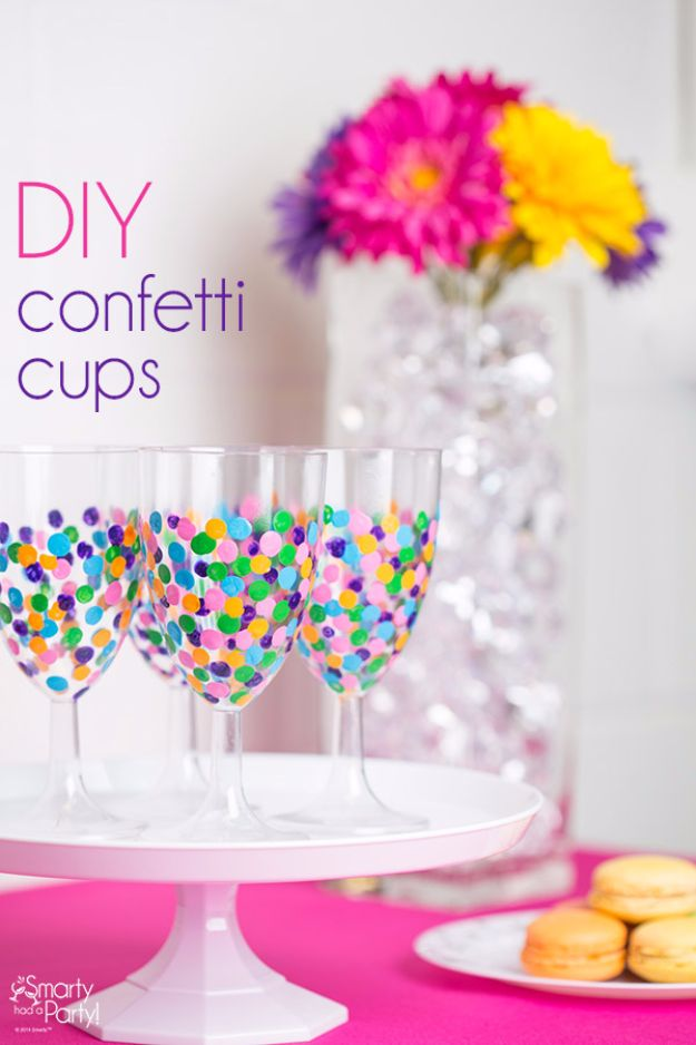Last Minute Christmas Gifts - DIY Confetti Cups - Quick DIY Gift Ideas and Easy Christmas Presents To Make for Mom, Dad, Family and Friends - Dollar Store Crafts and Cheap Homemade Gifts