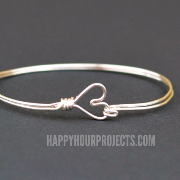 Cool Gifts to Make For Mom - DIY Heart Clasp Wire Wrapped Bangle Bracelet - DIY Gift Ideas and Christmas Presents for Your Mother, Mother-In-Law, Grandma, Stepmom - Creative , Holiday Crafts and Cheap DIY Gifts for The Holidays - Thoughtful Homemade Spa Day Gifts, Creative Wall Art, Special Ideas for Her - Easy Xmas Gifts to Make With Step by Step Tutorials and Instructions http://diyjoy.com/cheap-holiday-gift-ideas-to-make