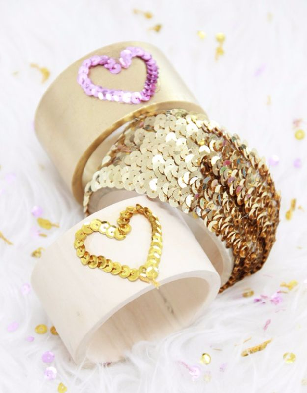 DIY Jewelry Sequin Last Minute Christmas Gifts - DIY Jewelry Sequin Bracelets - Quick DIY Gift Ideas and Easy Christmas Presents To Make for Mom, Dad, Family and Friends - Dollar Store Crafts and Cheap Homemade Gifts, Mason Jar Ideas for Gifts in A Jar, Cute and Creative Things To Make In A Hurry http://diyjoy.com/last-minute-gift-ideas-christmasBracelets