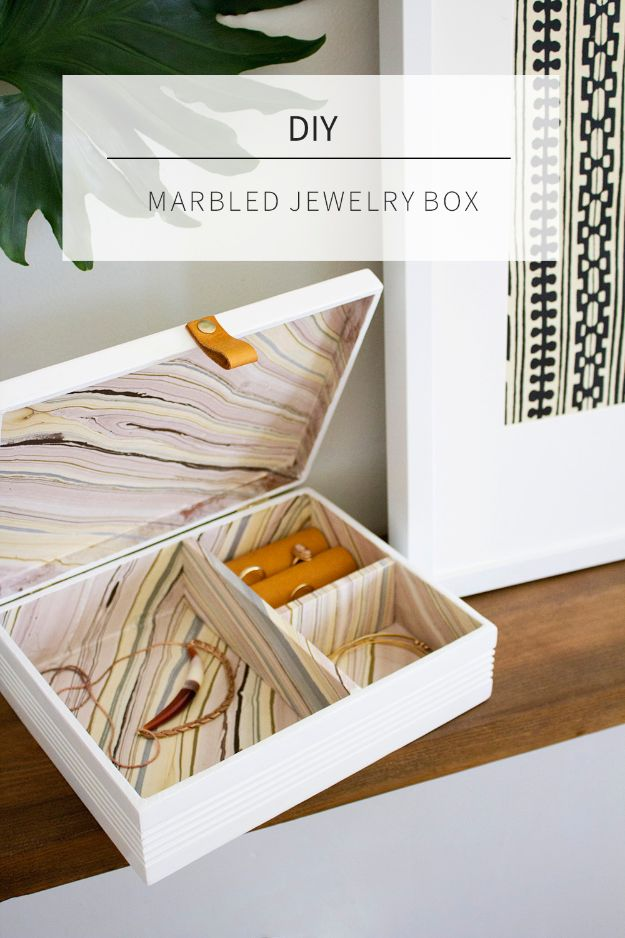 DIY Jewelry Ideas - DIY Marbled Jewelry Box - How To Make the Coolest Jewelry Ideas For Kids and Teens - Homemade Wooden and Plastic Jewelry Box Plans - Easy Cardboard Gift Ideas - Cheap Wall Makeover and Organizer Projects With Drawers Men http://diyjoy.com/diy-jewelry-boxes-storage