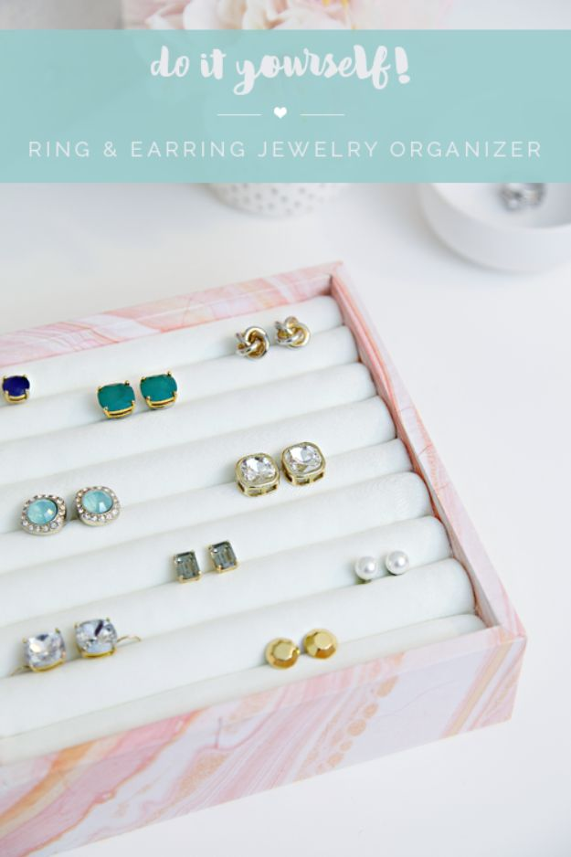 DIY Jewelry Ideas - DIY Ring & Earring Jewelry Storage - How To Make the Coolest Jewelry Ideas For Kids and Teens - Homemade Wooden and Plastic Jewelry Box Plans - Easy Cardboard Gift Ideas - Cheap Wall Makeover and Organizer Projects With Drawers Men http://diyjoy.com/diy-jewelry-boxes-storage