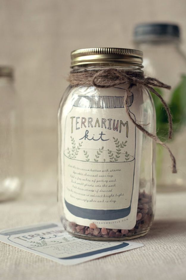 Last Minute Christmas Gifts - DIY Terrarium Kit - Quick DIY Gift Ideas and Easy Christmas Presents To Make for Mom, Dad, Family and Friends - Dollar Store Crafts and Cheap Homemade Gifts, Mason Jar Ideas for Gifts in A Jar, Cute and Creative Things To Make In A Hurry http://diyjoy.com/last-minute-gift-ideas-christmas