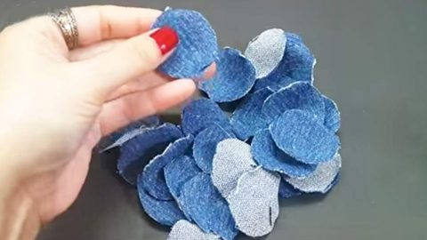 Woman Cuts 22 Circles Out Of Denim And Makes An Item You'll Definitely Want! | DIY Joy Projects and Crafts Ideas