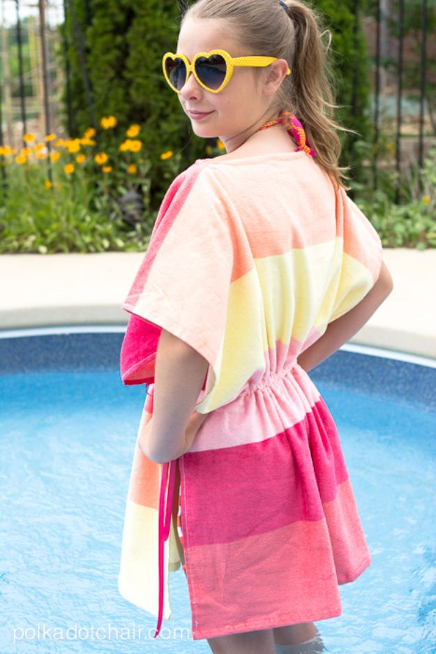 DIY Ideas With Old Towels - Easy Beach Towel Swim Cover Up - Cool Crafts To Make With An Old Towel - Cheap Do It Yourself Gifts and Home Decor on A Budget - Creative But Cheap Ideas for Decorating Your House and Room - Upcycle Those Towels Instead of Throwing Them Away! http://diyjoy.com/diy-ideas-old-towels