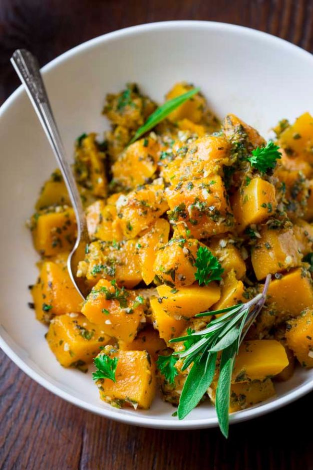 Best Thanksgiving Side Dishes - Easy Garlic Herb Butternut Squash - Easy Make Ahead and Crockpot Versions of the Best Thanksgiving Recipes #thanksgiving #recipes
