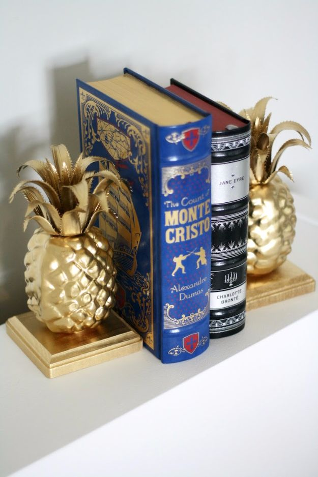 Easy Pineapple DIY BookendsCheap DIY Gifts and Inexpensive Homemade Christmas Gift Ideas for People on A Budget - Easy Pineapple DIY Bookends - To Make These Cool Presents Instead of Buying for the Holidays - Easy and Low Cost Gifts for Mom, Dad, Friends and Family - Quick Dollar Store Crafts and Projects for Xmas Gift Giving Parties - Step by Step Tutorials and Instructions http://diyjoy.com/cheap-holiday-gift-ideas-to-make