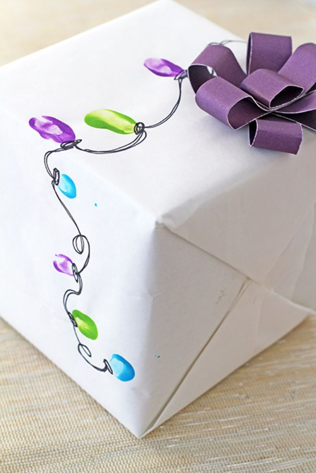 Cool Gift Wrapping Ideas - Fairy Lights Wrap - Creative Ways To Wrap Presents on A Budget - Best Christmas Gift Wrap Ideas - How To Make Gift Bags, Reuse Wrapping Paper, Make Bows and Tags - Cute and Easy Ideas for Wrapping Gifts for the Holidays - Step by Step Instructions and Photo Tutorials