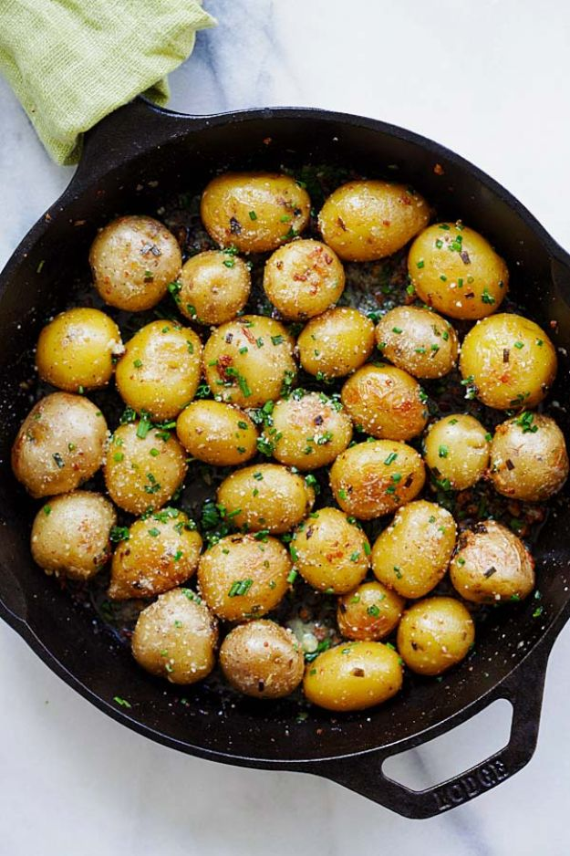 Potato Recipes - Garlic Chive Butter Roasted Potatoes - Easy, Quick and Healthy Potato Recipes - How To Make Roasted, In Oven, Fried, Mashed and Red Potatoes - Easy Potato Side Dishes and Soup Recipe Ideas for Dinner, Breakfast, Lunch, Appetizer and Snack http://diyjoy.com/potato-recipes