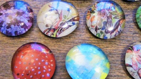 She Puts Photos On Flat Marbles…Watch How She Does It And The Cool Items She Makes! | DIY Joy Projects and Crafts Ideas