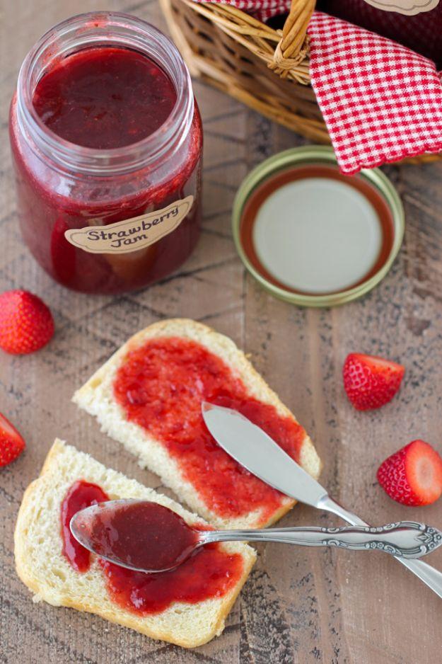 Best Jam and Jelly Recipes - Homemade Strawberry Jam - Homemade Recipe Ideas For Canning - Easy and Unique Jams and Jellies Made With Strawberry, Raspberry, Blackberry, Peach and Fruit - Healthy, Sugar Free, No Pectin, Small Batch, Savory and Freezer Recipes http://diyjoy.com/jam-jelly-recipes