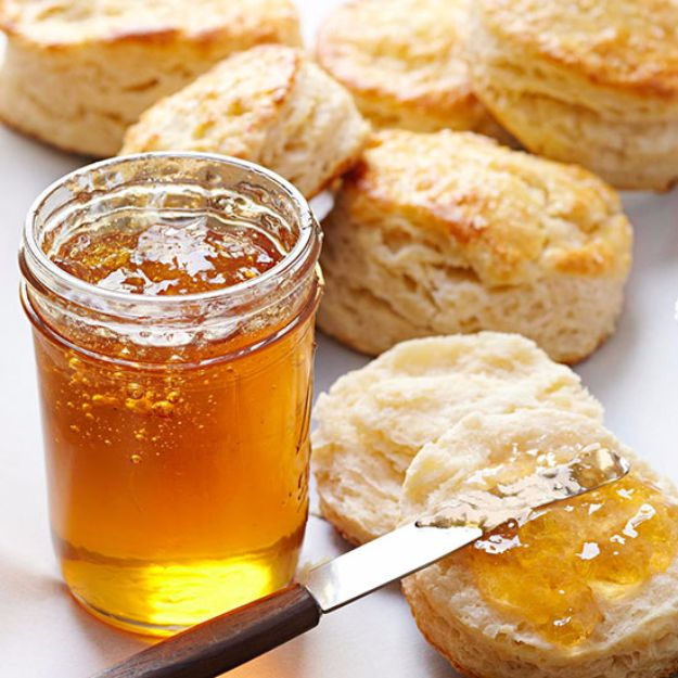 Best Jam and Jelly Recipes - Jasmine Tea Jelly - Homemade Recipe Ideas For Canning - Easy and Unique Jams and Jellies Made With Strawberry, Raspberry, Blackberry, Peach and Fruit - Healthy, Sugar Free, No Pectin, Small Batch, Savory and Freezer Recipes  #recipes #jelly