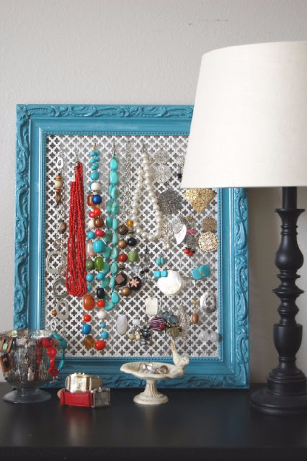DIY Ideas With Old Picture Frames - Jewelry Hanger - Cool Crafts To Make With A Repurposed Picture Frame - Cheap Do It Yourself Gifts and Home Decor on A Budget - Fun Ideas for Decorating Your House and Room http://diyjoy.com/diy-ideas-picture-frames