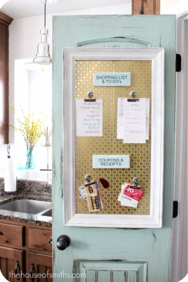 DIY Ideas With Old Picture Frames - Magnetic Organizational Board - Cool Crafts To Make With A Repurposed Picture Frame - Cheap Do It Yourself Gifts and Home Decor on A Budget - Fun Ideas for Decorating Your House and Room http://diyjoy.com/diy-ideas-picture-frames