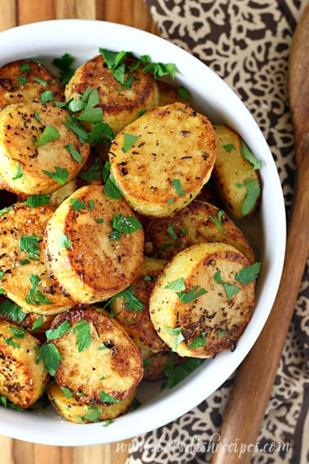 Potato Recipes - Melt In Your Mouth Potatoes - Easy, Quick and Healthy Potato Recipes - How To Make Roasted, In Oven, Fried, Mashed and Red Potatoes - Easy Potato Side Dishes and Soup Recipe Ideas for Dinner, Breakfast, Lunch, Appetizer and Snack http://diyjoy.com/potato-recipes