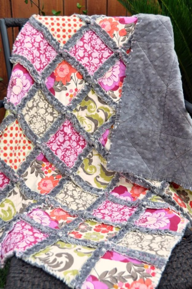 Best Quilts to Make This Weekend - Minky Rag Quilt - Free Quilt Patterns and Quilting Tutorials - Quilting for Beginners and Sewing Ideas - DIY Baby Quilts, Printables, New and Easy Modern Quilts, Jelly Roll, Quilt Squares, Fat Quarters and Scrap Ideas #diy #quilting #sewing