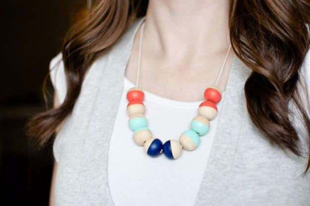 Cheap DIY Gifts and Inexpensive Homemade Christmas Gift Ideas for People on A Budget - Painted Wood Bead Necklace - To Make These Cool Presents Instead of Buying for the Holidays - Easy and Low Cost Gifts for Mom, Dad, Friends and Family - Quick Dollar Store Crafts and Projects for Xmas Gift Giving Parties - Step by Step Tutorials and Instructions http://diyjoy.com/cheap-holiday-gift-ideas-to-make