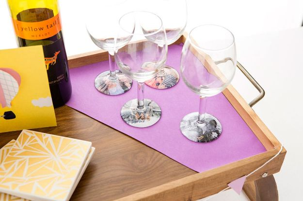 Cheap DIY Gifts and Inexpensive Homemade Christmas Gift Ideas for People on A Budget - Photo Wine Glasses - To Make These Cool Presents Instead of Buying for the Holidays - Easy and Low Cost Gifts for Mom, Dad, Friends and Family - Quick Dollar Store Crafts and Projects for Xmas Gift Giving #gifts #diy