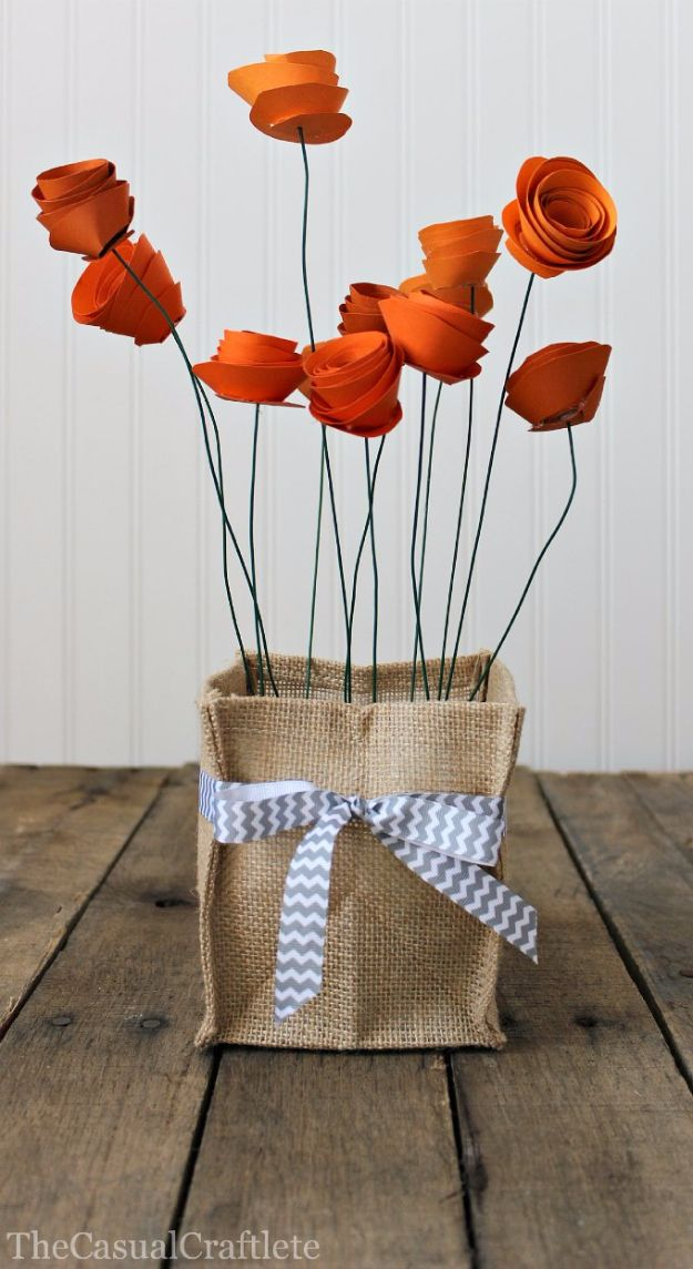 DIY Paper Flowers - Pretty Paper Flower Centerpiece - How To Make A Paper Flower - Large Wedding Backdrop for Wall Decor - Easy Tissue Paper Flower Tutorial for Kids - Giant Projects for Photo Backdrops - Daisy, Roses, Bouquets, Centerpieces - Cricut Template and Step by Step Tutorial http://diyjoy.com/diy-paper-flowers