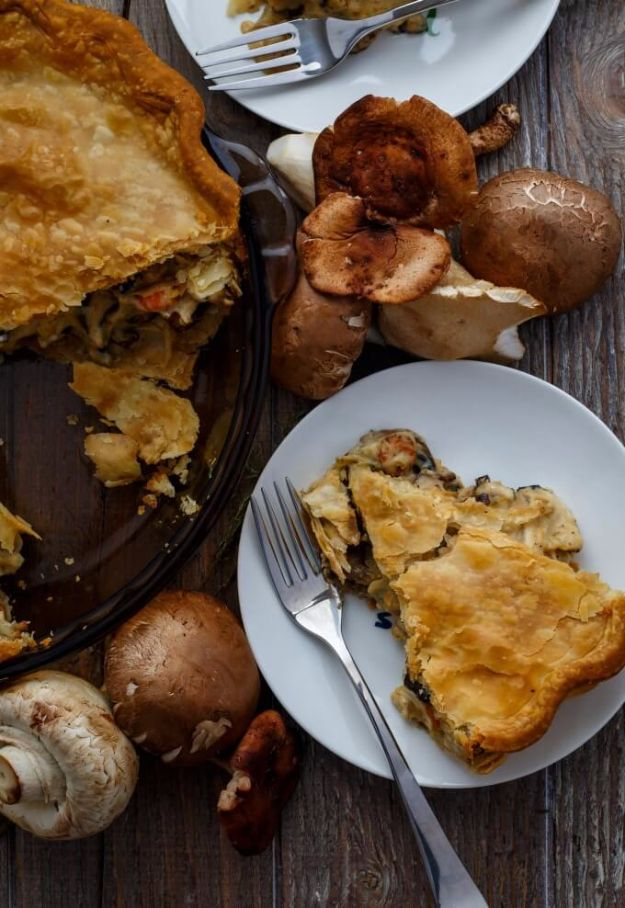 Best Fall Recipes and Ideas for Dinner - Roasted Mushroom Pot Pie - Quick Meals With Chicken, Beef and Fish, Easy Crockpot Meals and Make Ahead Soups and Dinners - Healthy Dinner Recipes and Fast Last Minute Foods With Spinach, Vegetables, Butternut Squash, Pumpkin and Nuts